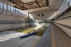 Loppies-Piscine_Crachoir-4
