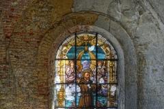 Loppies-Gravestone_Church-9
