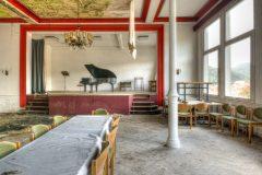 Loppies-Hotel_Schlafeshimmel-1