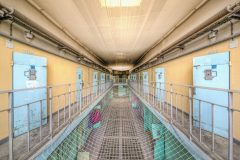 Loppies-Prison_15H-1