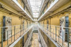 Loppies-Prison_15H-22