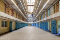 Loppies-Prison_15H-39