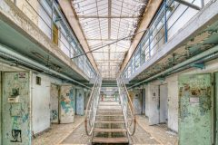 Loppies-Prison_15H-6