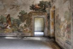 Loppies-Villa-Con-Affresci-2
