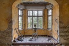 Loppies-Villa_Mannequin-1