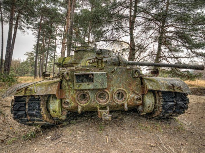 Tanks in Ruste (BE)